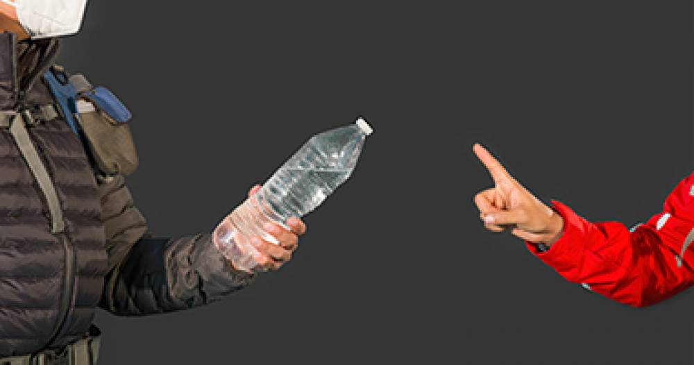 Coronavirus: Why reusing and sharing your water bottle is dangerous